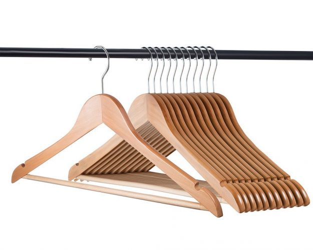 Home-it (24 Pack) Natural wood hangers - Solid Wood Clothes Hangers - Coat Hanger Wooden Hangers