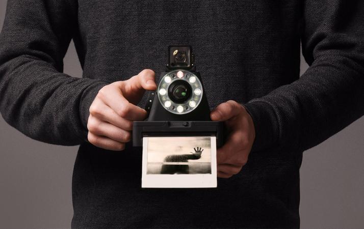 Instant-Film-Cameras